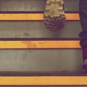 subir escaleras de un piso